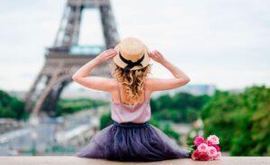 Стереотипы про французских девушек и парней