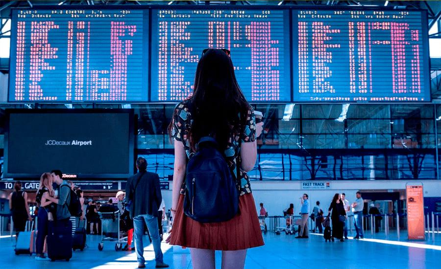 Девушка получила визу во Францию