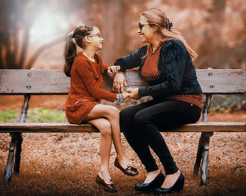 Мама и дочка на французском языке